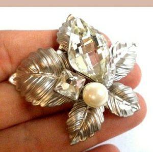 "Vintage Textured Silver Tone CZ + Pearl 2"" Brooch"